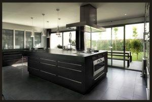 Lacas metalizadas -Cocinas de diseño Barcelona con isla