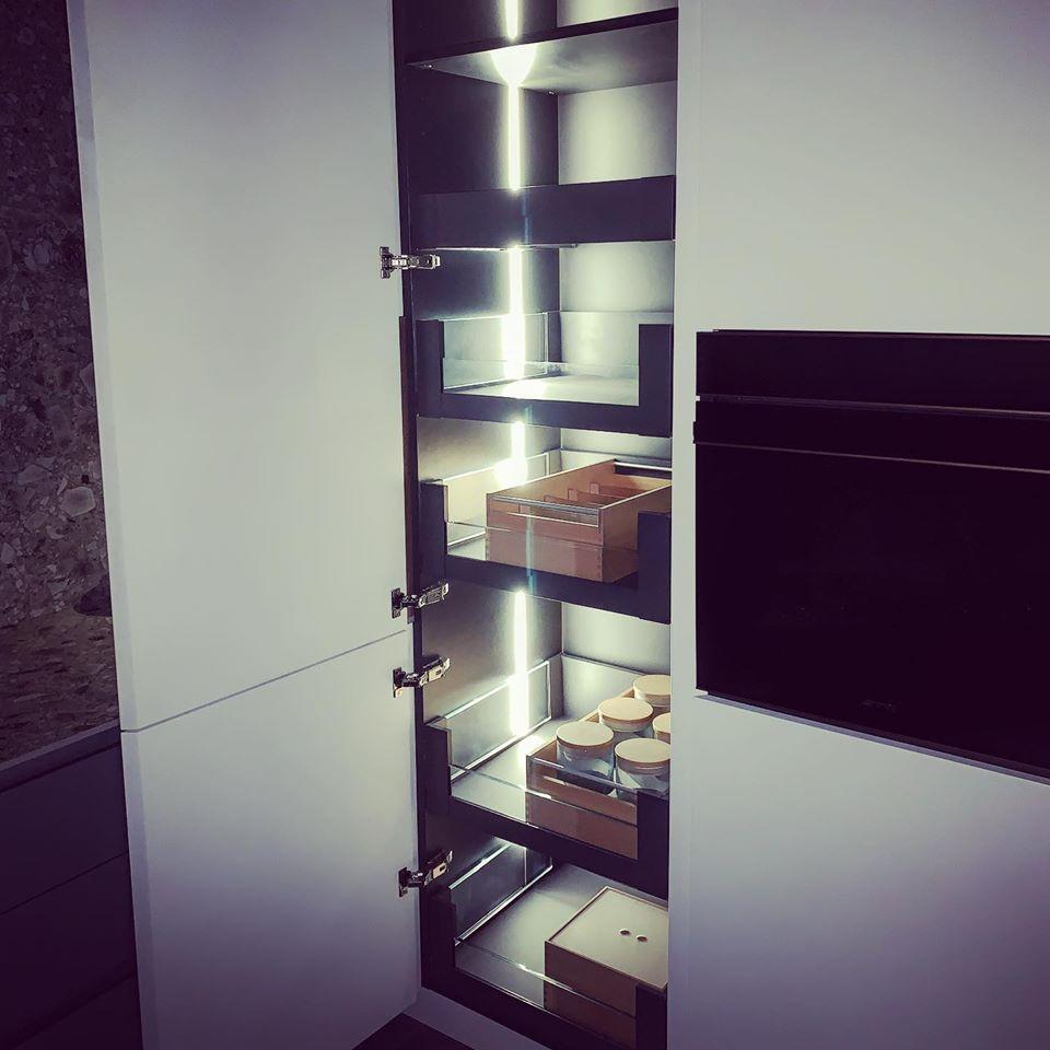 Zona columna cocina de diseño muestra